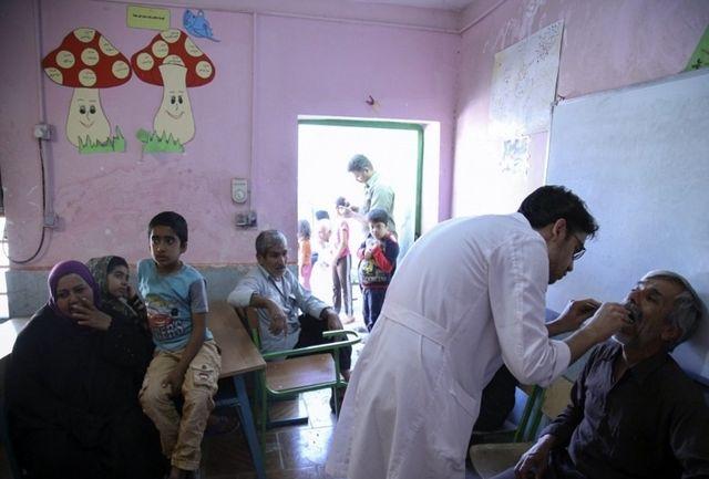 جهت ماندگاری پزشکان در مناطق محروم تشویقی تعریف شود