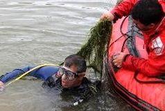 نجات دوسرنشین قایق صیادی در آبهای دریای عمان