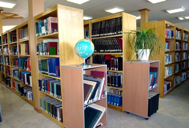 علم و دانش ثروت امروز جهان / فقدان 15 کتابخانه در چهارمحال و بختیاری