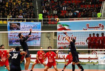 شهردارى ارومیه برنده داربى آذربایجان لیگ برتر والیبال