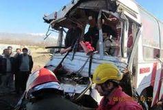 11 کشته و زخمی در تصادف رودر روی 2 اتوبوس در محور سنندج – دیواندره