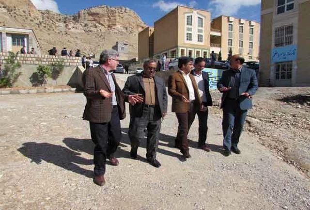 نماینده حوزه شمالی استان  از آموزشکده فنی حرفه ای برادران ایلام بازدید کرد