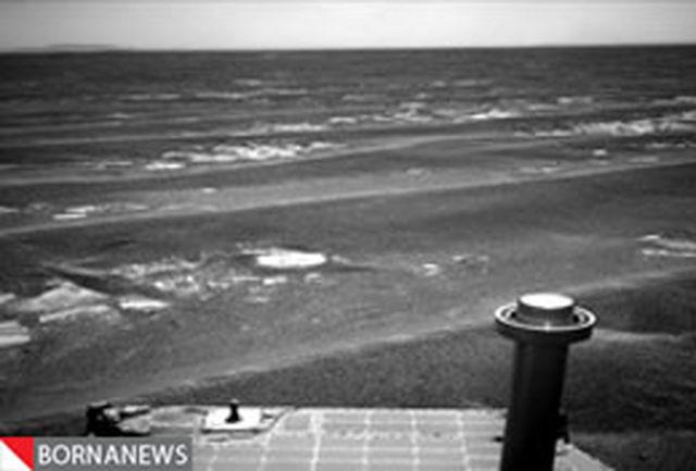 کاوشگر ناسا به لبه دهانه آتشفشانی در مریخ نزدیک میشود
