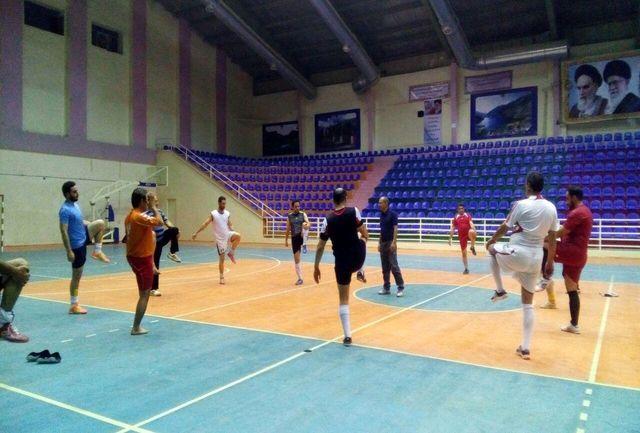 حضور متفاوت تر تیم فوتسال اداره کل ورزش و جوانان لرستان در مسابقات کارکنان دولت