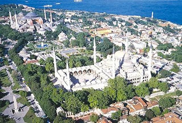 انفجاری میدان مرکزی استانبول را لرزاند