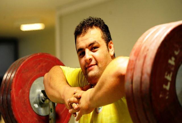 انوشیروانی: فدراسیون وزنه برداری حمایت خوبی از پشتوانه ها دارد