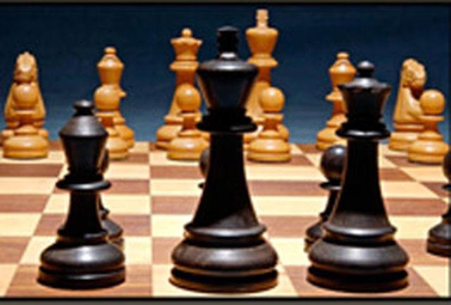 رضا مشاطان قهرمان هفته دوم رقابتهای شطرنج سریع استان شد