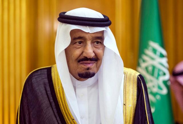 سفر تفریحی پادشاه عربستان در صدر هیات 1500 نفری!