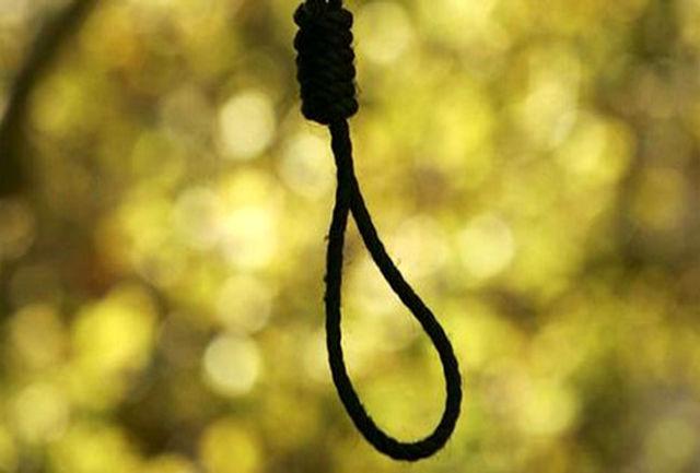 قاتل رییس دادگستری روانسر در ملاء عام اعدام شد