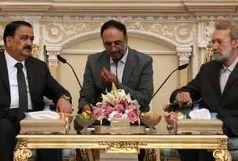دولت عراق باید از تمامیت ارضی خود دفاع کند