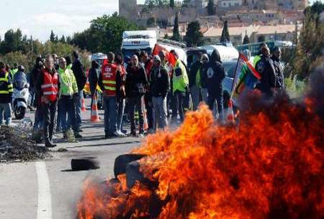 اعتصاب در فرانسه ادامه دارد