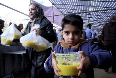 طبخ و توزیع ۱۴ تن شلهزرد در شیراز