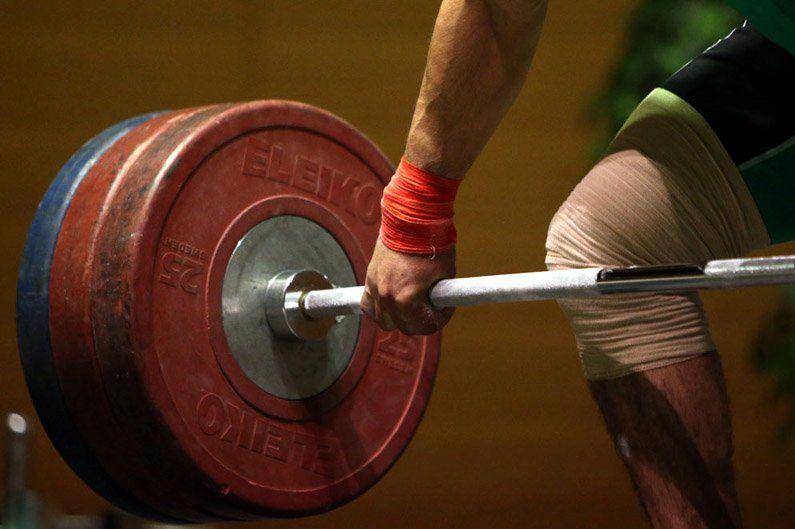 داوری در دسته 62 کیلوگرم نایب قهرمان شد