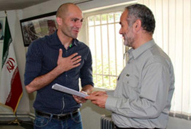 محسن بیاتینیا به تیم فوتبال تراکتورسازی تبریز پیوست