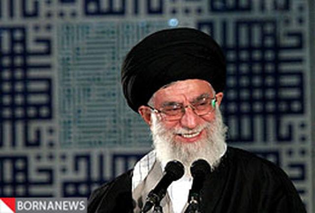 رهبر انقلاب مدالهای اهدایی نخبگان را به آستان قدس رضوی هدیه كردند